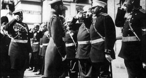 Николай II посещает войска, направляющиеся на фронт в период русско-японской войны в Полтаве, Орле, Кременчуге. 1904